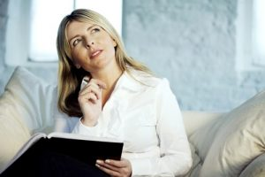 woman thinking about kill the adjectives